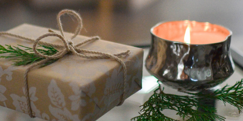 Candle-present-gift