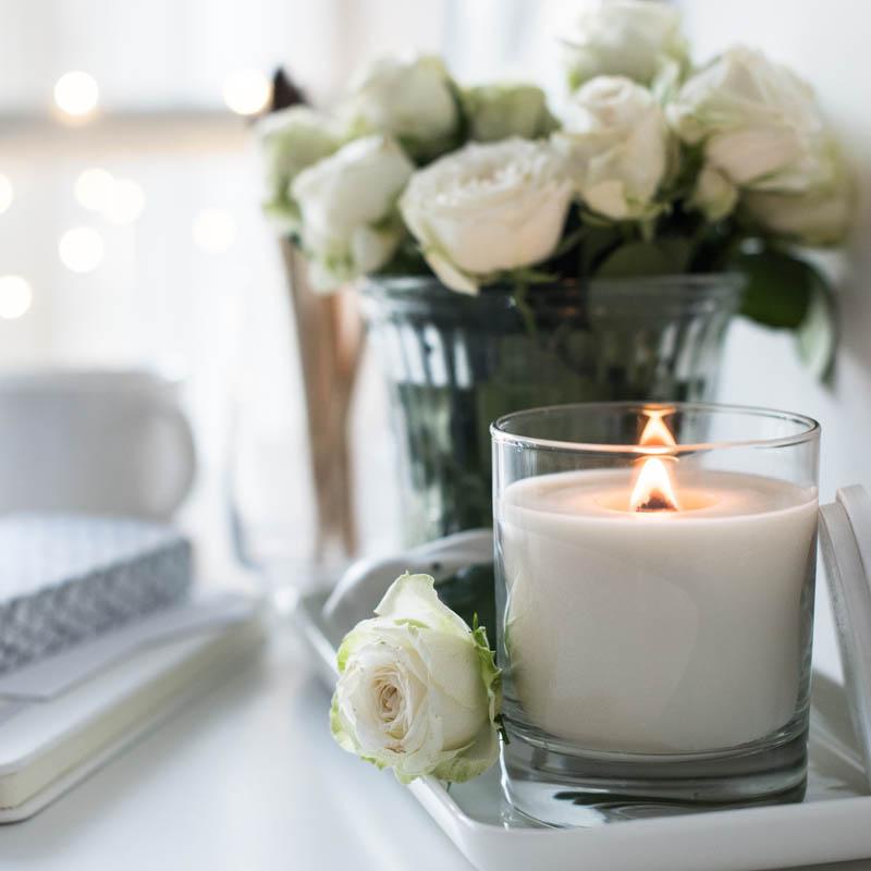 white-candle-posh